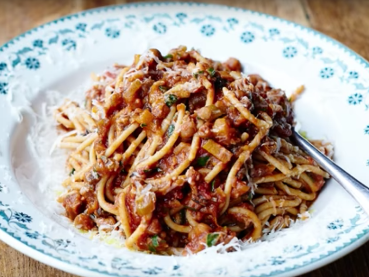 Jamie Oliver's Veggie Spaghetti Bolognese  | Herb Garden Tour